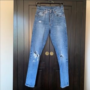 Levi's 501 Skinny in Old Hangouts 24x30
